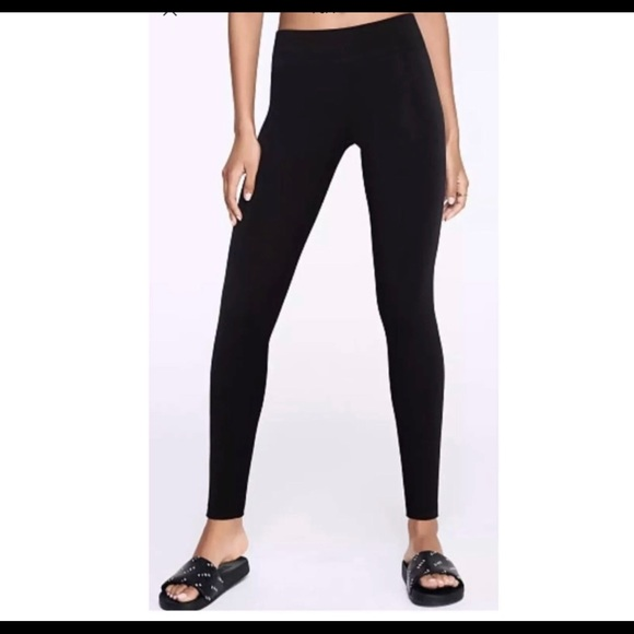 bdd6368ef2 Victoria's Secret Pants | Victorias Secret Sport Workout Leggings ...